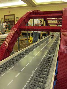 Lego bridge Lego Bridge, Lego Track, Lego Table Ikea, Lego City Train, Big Lego, Lego Boards, Lego Ship, Amazing Lego Creations, Lego Construction