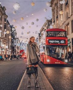 Christmas season in London and my statement overknees are competing with all the Christmas lights! ✨ PS: Also I was obviously waiting for my bus to platform 9 London Pictures, London Photos, Europe Photos, London Instagram, Photo Instagram, London Christmas, Christmas Shopping, Weihnachten In London, Ohh Couture