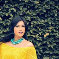 Bon jour! En este lunes de contraste y juego de texturas nada mejor que a tu vestido amarillo un toque de color en piedra natural turquesa.  Fotografía : @allanromeroh  Vestuario : @sandyfashion  Modelo : @JosabetCarchi  Accesorios : Kleber's Kollektion  C'est magnifique est #kk #fashion #moda #MujeresReales #curvy #models #photobook #bijoux #bisuteria #jewel #jewelry #publicidad #ads #designer #design #emprendedor #Guayaquil #Ecuador #photography #Nikon #handmade #estilo #style #accesorios…