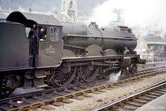 Diesel Locomotive, Steam Locomotive, Royal Navy Submarine, Steam Railway, Train Art, Old Trains, British Rail, Electric Train, Train Pictures