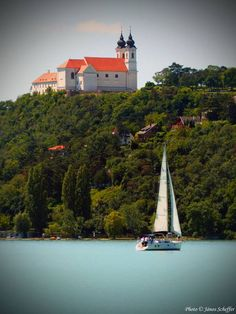 The abbey of Tihany by Lake Balaton Hungary Travel, Budapest Hungary, Travelogue, Eastern Europe, European Travel, Croatia, Beautiful Places, Castle, Around The Worlds