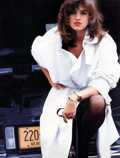 90s cindy crawford  editorial | 80s and 90s models, Vogue US, November 1986 Model : Cindy Crawford