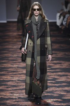 Etro Fall 2016 Ready-to-Wear Fashion Show c36cf11bfd4