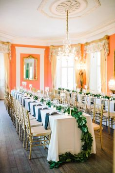 Traditional elegance: http://www.stylemepretty.com/2015/06/01/black-gold-william-aiken-house-wedding-in-charleston-sc/ | Photography: Aaron & Jillian - http://www.aaronandjillian.com/