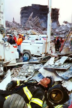 9/11: Chris Hondros - Because we remember