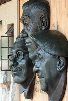 Kruger National Park founders statue by Kleinz1, via Flickr