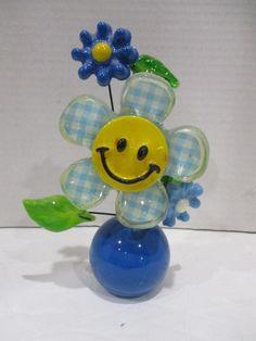 Vtg Mid-Century Gamut Designs Lucite Resin Flower Daisy Flower Desk Paperweight Hippie Flowers, Resin Flowers, Favorite Things, Daisy, Mid Century, Color, Design, Art, Art Background
