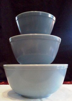 Pyrex Mixing Bowls Glass 3 Hard To Find Delphite Blue Belle Set Of Three Nesting $90