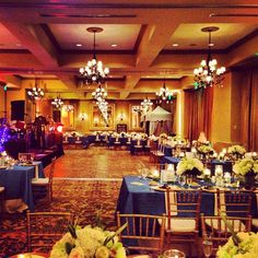 Love the Bayview ballroom with Kings tables!   @botanicals your flowers-  hit it out of the park! #mzlwedding #wedding #naples - @weddingtidbits- #webstagram