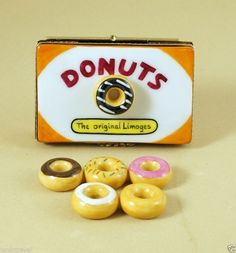 NEW HAND PAINTED AUTHENTIC FRENCH LIMOGES BOX HALF A DOZEN DONUTS 5 REMOVABLE