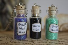 Glass Vial Necklace Nightmare Before Christmas Halloween Jewelry, Halloween Crafts, Holiday Crafts, Halloween Decorations, Christmas Crafts, Halloween Accessories, Halloween Movies, Bottle Jewelry, Bottle Charms