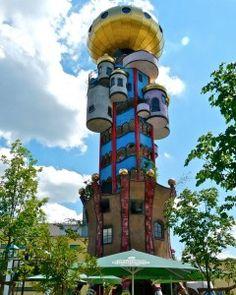Entertainer Sallek und der Kuchlbauer-Turm