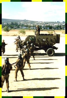 Troops, Soldiers, South African Air Force, Army Day, Defence Force, Tactical Survival, Korean War, Cool Photos, Interesting Photos