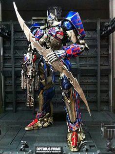 Armas Ninja, Transformers Optimus Prime, Armor Concept, Robot Design, Batman Vs Superman, Movie Props, Gundam Model, Action Figures, Marvel