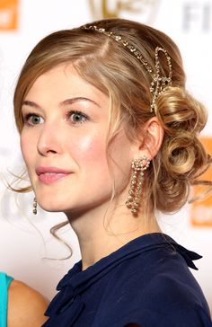 Rosamund Pike as Catherine Marshall in 'Heart Like an Ocean' http://getbook.at/heartlikeanocean