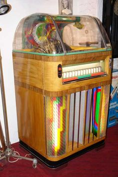 Rock-Ola Fireball Jukebox. #music #jukebox #vintageaudio http://www.pinterest.com/TheHitman14/ghosts-of-audios-past/