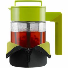 The Takeya Tea Maker makes up to four cups of hot tea.  uses tea bags or loose-leaf teas removable fine-mesh infuser includes Thermo Jacket™ to keep tea hot while serving Plastic. Imported.
