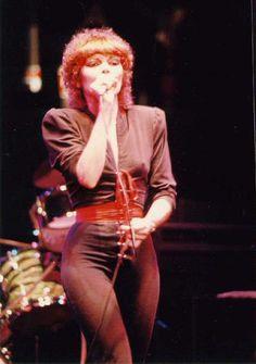 Pat Benatar- Rock n' Roll super legend. Pat Benatar, Female Rock Stars, Top 10 Hits, Linda Ronstadt, Women Of Rock, Rocker Chick, Women In Music, Joan Jett, Thing 1