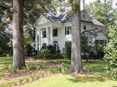 1900 Southern Colonial, Bennettsville, South Carolina By far my most favorite!