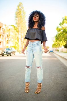 Crop Top + Levi's High Waist Jeans Style Pantry