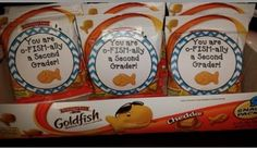 "These gift tags are a perfect end of the year gift, Award or First Day of School welcoming bag.  *Print out the tags and attach them to multi-grain ""Gold Fish"" crackers.   *Included in this set are the following tags: You're O-Fish-Ally a  ...Kindergartener! ...First Grader! ...Second Grader! ...Third Grader! ...Fourth Grader! ...Fifth Grader! ...Sixth Grader!"