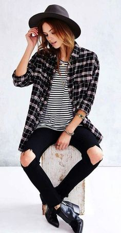 summer outfits Black Hat + Printed Shirt + Striped Top
