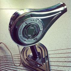 Vintage hair dryers... Once upon a time in hair salons...!