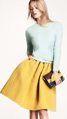 A pastel look with the trending quilted skirt - outfit idea.