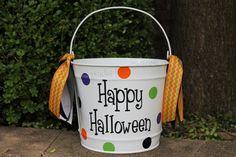 10 Quart Personalized Halloween Bucket Many by StudioFourDesigns Halloween Buckets, Pumpkin Leaves, Autumn Inspiration, Cricut Explore, Pumpkins, Happy Halloween, Handmade Gifts, Crafts, Color