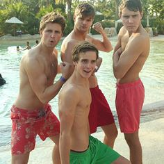 Marcus Butler, Alfie Deyes,Thatcher Joe(Sugg) And Jim Chapman !!GET YOUR GUNS OUT!!(;❤️ #YoutubeBoyband #Shirtless❤️❤️