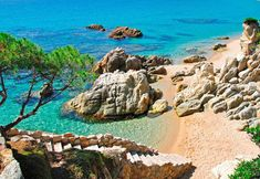 Discover the hidden beaches of Catalonia, from the Costa Brava down to the Costa Dorada. Don't miss these pristine calas and coves outside Barcelona. Hidden Beach, Best Beaches In Portugal, Begur Costa Brava, Destinations, Spain Holidays, Excursion, Beaches In The World, Spain And Portugal, Spain Vs