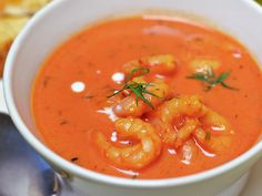 Katkarapu-kookoskeitto Shrimps in coconut soup Coconut Soup, Thai Red Curry, Soup Recipes, Risotto, Shrimp, Fish, Dinner, Baking, Koti