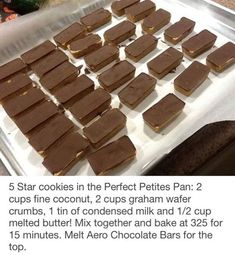 5 Star cookies in the Perfect Petites Pan: 2 cups fine coconut, 2 cups graham wafer crumbs, 1 tin of condensed milk and cup melted butter! Mix together and bake at 325 for 15 minutes. Melt Aero Chocolate Bars for the top. No Bake Treats, Yummy Treats, Sweet Treats, Epicure Recipes, Baking Recipes, Candy Recipes, Epicure Steamer, Yummy Things To Bake, Dessert Bars
