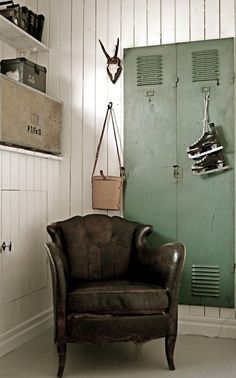 old leather chair and vintage lockers Industrial Lockers, Industrial Chic, Vintage Industrial, Industrial Design, Industrial Decorating, Industrial Living, Industrial Farmhouse, Industrial Interiors, Industrial Furniture