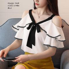 New 2018 Spring Short Sleeve Chiffon Shirt Temperament Sweet Ruffled V-neck Strapless Shoulder Top Lady Blouse 30 New 2018 Spring Short Sleeve Chiffon Shirt Temperament Sweet Ruffled V – noashe Chiffon Shirt, Chiffon Tops, Mode Shorts, White Short Sleeve Blouse, Long Sleeve, Spring Shorts, Casual Skirt Outfits, Sexy Shirts, Mode Vintage