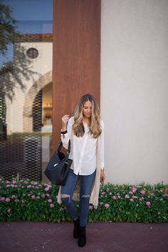 Photo by Style Blogger Ashley Robertson of The Teacher Diva | Charming Charlie | #charmingcharlie | #ccstyle | #handbag #boots #ootd #StyleWatchXCC #top #whitetop #summer
