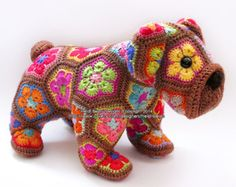 Max the African Flower Bulldog crochet pattern