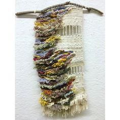 audio manifestation . . . . . . . . . . #art #artistsoninstagram #weaving #weave #frameloom #textileart #textiles #アート #織る #abstractart #abstractexpressionism #yarn #makersgonnamake #craftwithconscience #weaversofinstagram #fiberart #fiber #loomweaving #ファイバーアート #織物 #floorloom #soumak #tissage #tissagemoderne
