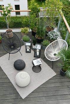 Make Home Easier Small Balcony Design, Small Balcony Decor, Small Terrace, Terrace Design, Patio Design, Chair Design, Acapulco Chair, String Lights Outdoor, Outdoor Lighting