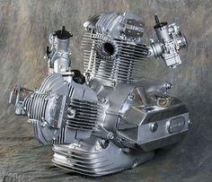 (1982 DUCATI ~ 900SS Motor)