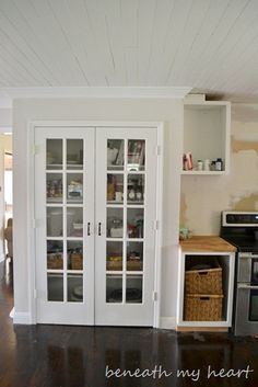 A french door on a pantry--- this would do wonders in my kitchen (wonder if I could find one at Habitat?)