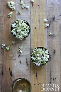 """Cheesy"" Kale Chip Popcorn (Gluten Free and Vegan)"