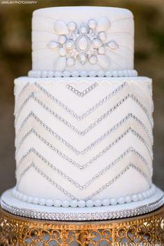 See more about white wedding cakes, wedding cake white and chevron wedding cakes.