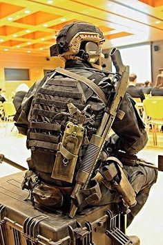 Down time… A member of Poland's Special Forces unit JWK. Note the A-TACS LE camouflage clothing. Generally JWK uses Multicam or A-TACS AU in Afghanistan. (GRH)