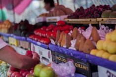 Seven Things Not to Do at the Farmers Market | The Parker Blog