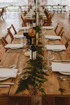 Colorful Scottish Wedding at Gilmerton House Farm table + pretty greenery Farm Table Decor, Farmhouse Table Centerpieces, Deco Table, Farm Tables, Farm Table Wedding, Wedding Table Centerpieces, Wedding Decorations, Graduation Centerpiece, Jars