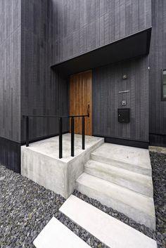 愛知・名古屋でこだわりのシンプルな家を建てる、リノベーションするならnest(ネスト)。「detailにこだわったシンプルな箱(家)」と「センスあふれる商品の組み合わせ」でコストを抑えながらも感性を刺激する住まいをローコストでご提案します。