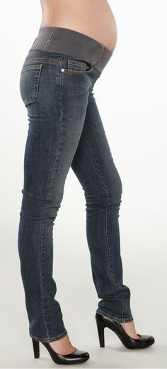 maternity jeans and heels. thats my kinda style
