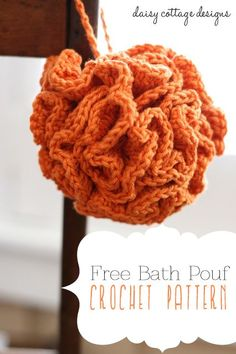 This bath pouf crochet pattern makes a fun and fluffy washcloth alternative. Great for yourself or for a friend, the pattern is free and easy!
