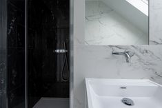 #Calacatta and #BlackGOLD #MARBLE effect #porcelain #tiles